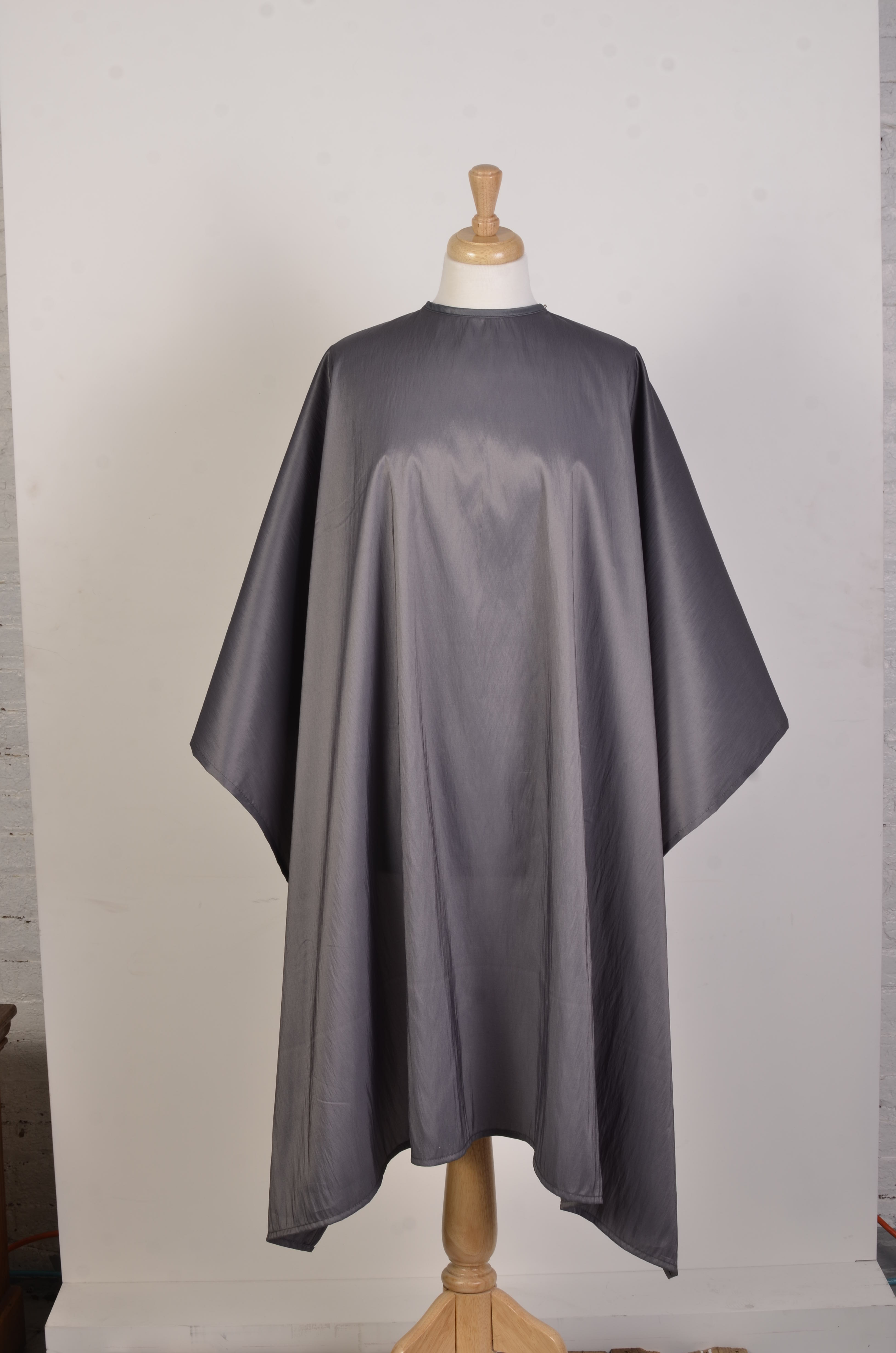 Style 900 2 Cutting Cape